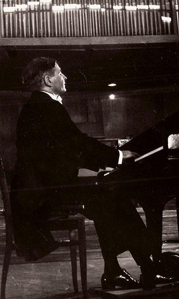 Hangverseny, 1964 - Pécs, Liszt Ferenc Hangversenyterem (Forrás: Bánky József magángyűjteménye)